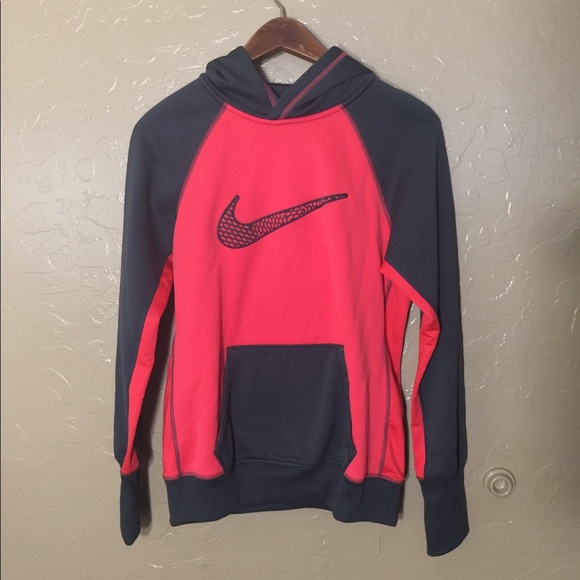 Women s Nike Therma Fit Pullover Hooded Sweatshirt 9d0b332cc1